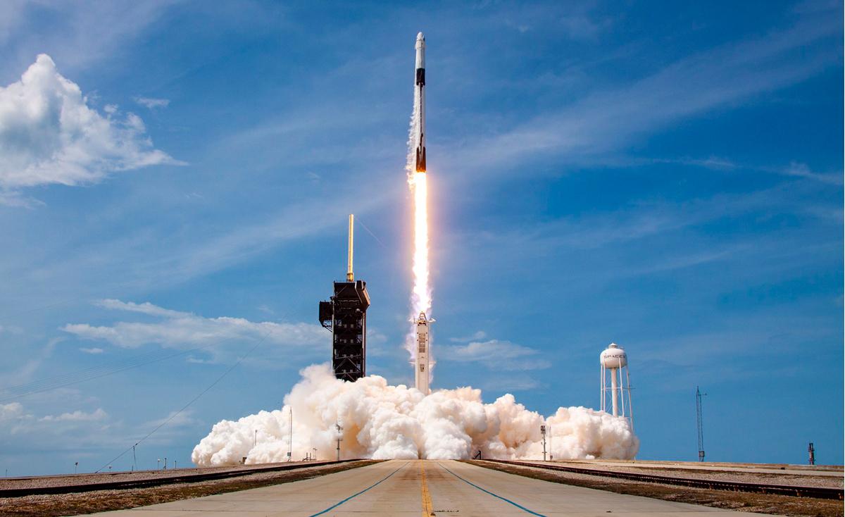 Lanzada con éxito la primera expedición privada al espacio con SpaceX y la NASA